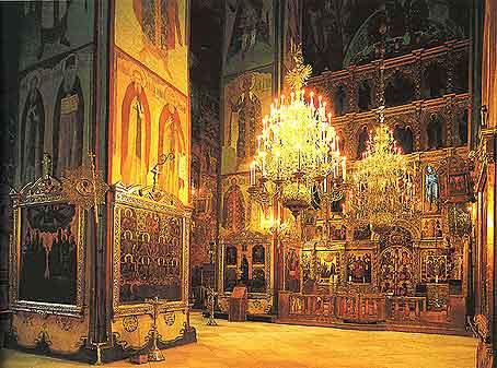 Успенский собор фото интерьеры